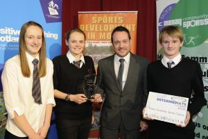 2016 sportMoray Awards Evening at Elgin Town Hall. Intermediate Team of the Year Presented by: Joe Millican (Deputy Editor The Northern Scot) Winner: Forres Academy Picture: Daniel Forsyth. Image No.035757